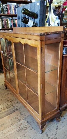 Display Cabinets Grays 303